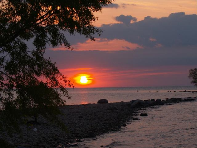 Lake-Erie-Islands-Sunset